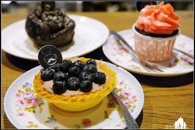 再訪-幸福新村【Rainbow PaPa】小小兵正夯~來個可愛風的下午茶吧!