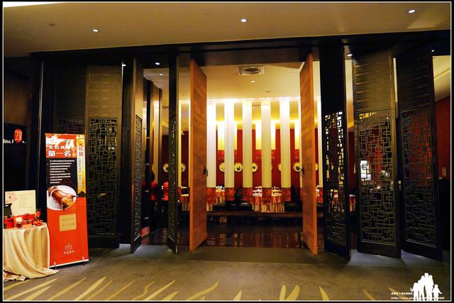宜蘭【蘭城晶英酒店-紅樓中餐廳】不虧為全台第一的櫻桃烤鴨~脆皮聲響超誘人啊!